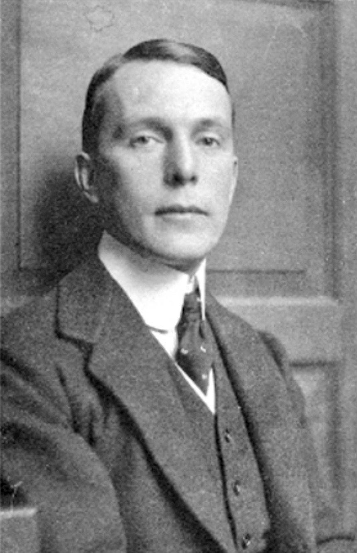 Walter Kaesbach